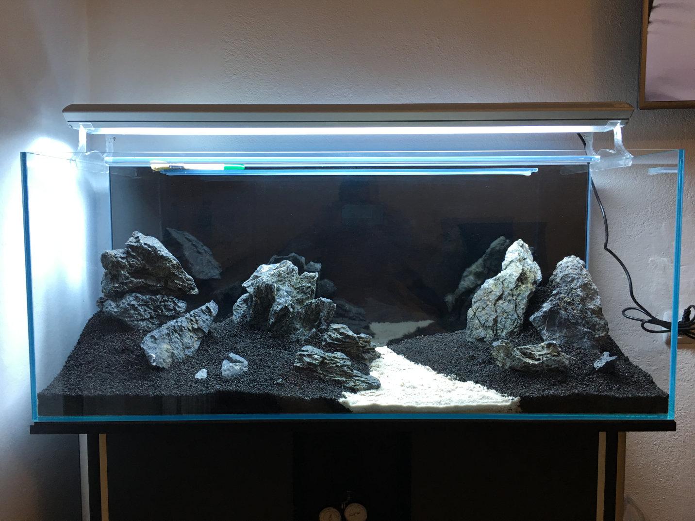 240l tutorial ein aquarium einrichten. Black Bedroom Furniture Sets. Home Design Ideas